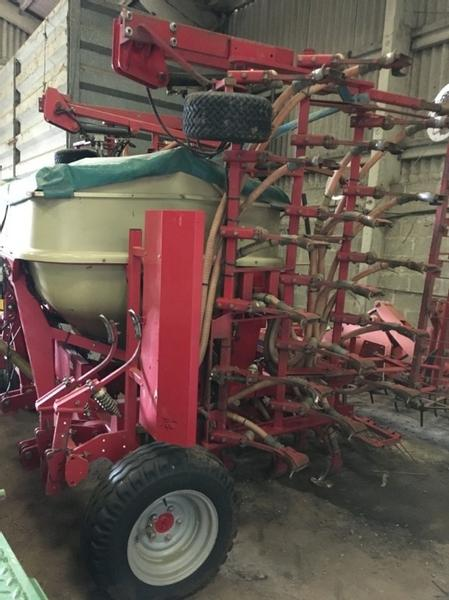 Weaving 6m Tineseeder drill