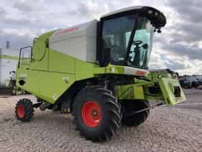 Claas Avero 240 APS