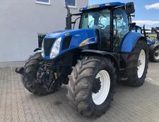 New Holland T 7070 AC