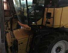 New Holland CR 9080Elevation
