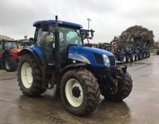 New Holland TS135A Tractor (ST5742)