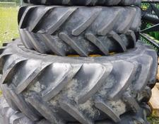 John Deere Michelin